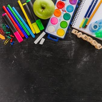 De nouvelles fournitures colorées pour l'école