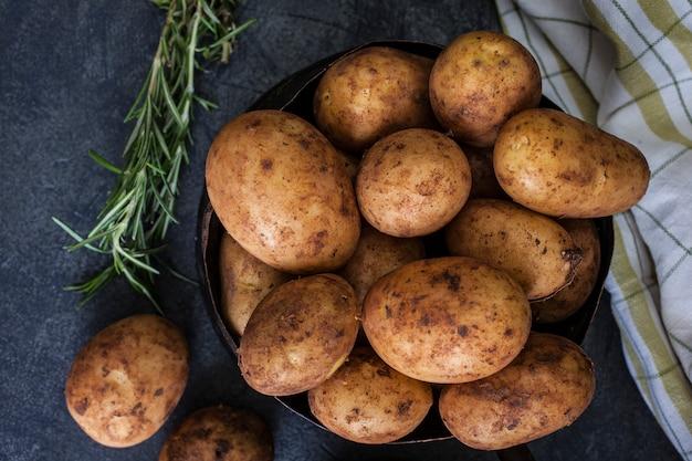Nouvelles pommes de terre
