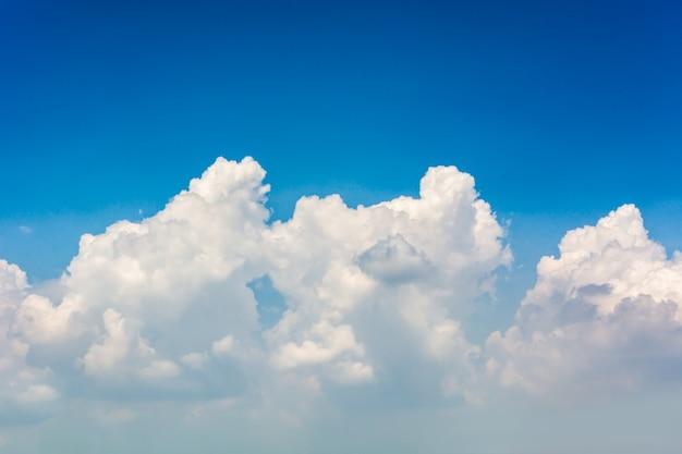 Nuages de ciel
