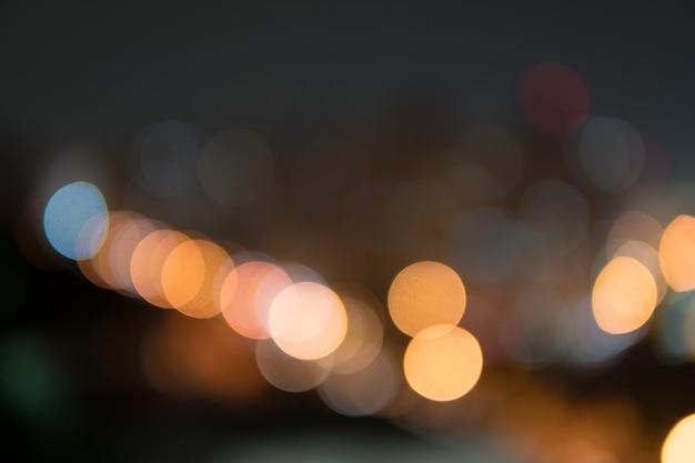 Nuit de la ville défocalisé filtré abstrait bokeh.