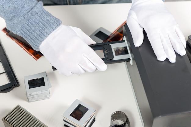 Numérisez des diapositives et des films pour les transformer en données numériques