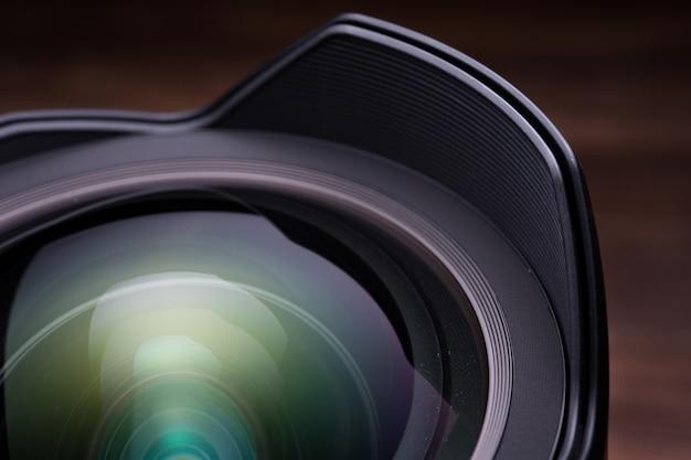 Objectif d'appareil photo reflex