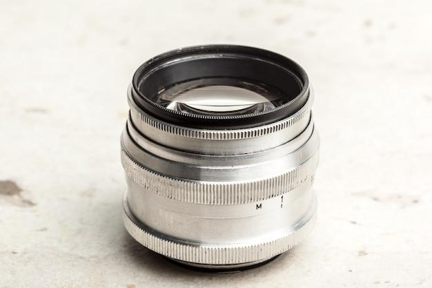 Objectif de caméra argent