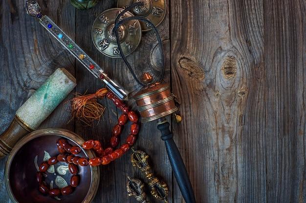 Objets antiques pour la médecine alternative