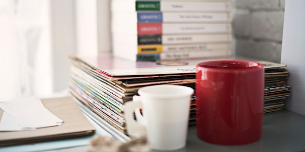 Objets livre phonograph record café concept
