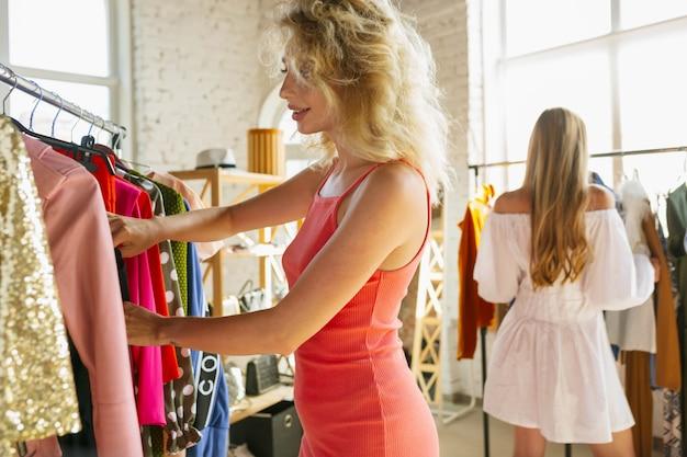 Obtenir une nouvelle robe.