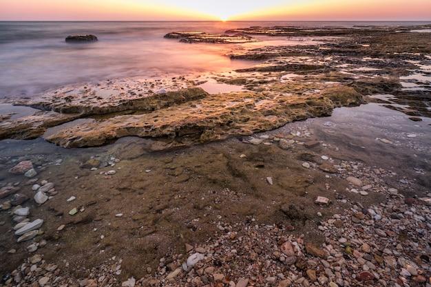 Océan à longue exposition israël