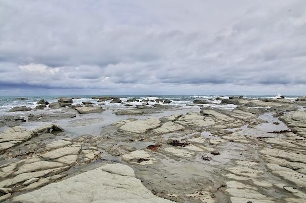 Océan pacifique à kaikoura nouvelle-zélande