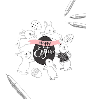 Oeuf avec inscription manuscrite joyeuses pâques, entouré de mignons lapins, stylos et crayons dessinés à la main avec des lignes de contour. illustration vectorielle monochrome pour l'invitation de fête de célébration de vacances.