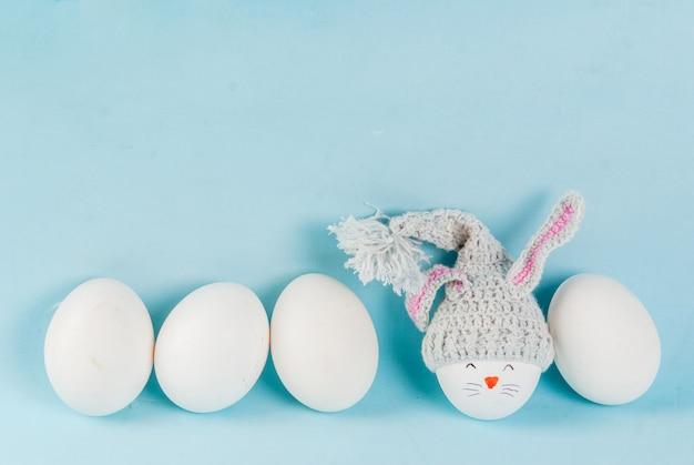 Oeufs de pâques ressemblant à des lapins