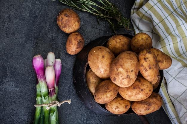 Oignons et pommes de terre