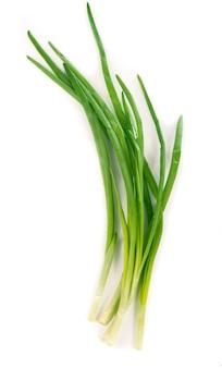 Les oignons de printemps sont riches en vitamines, minéraux et composés naturels