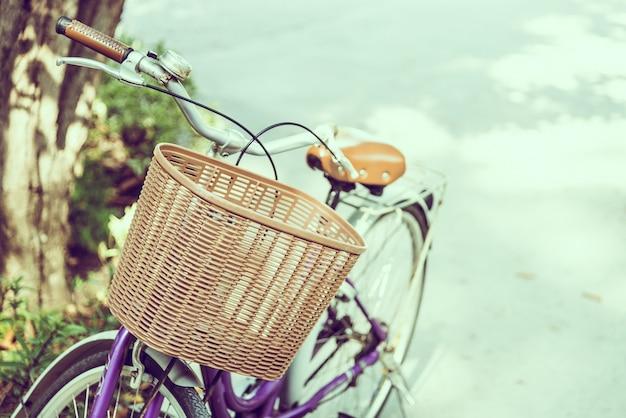 Old vintage bicyclette
