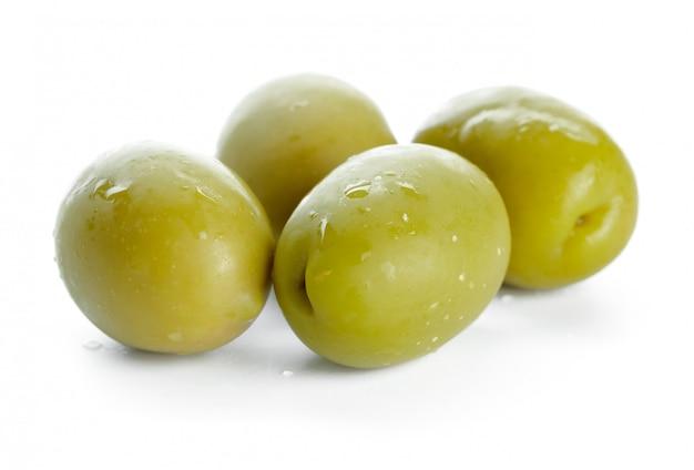 Olive isolé sur blanc