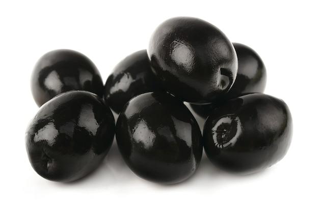 Olives sur fond blanc