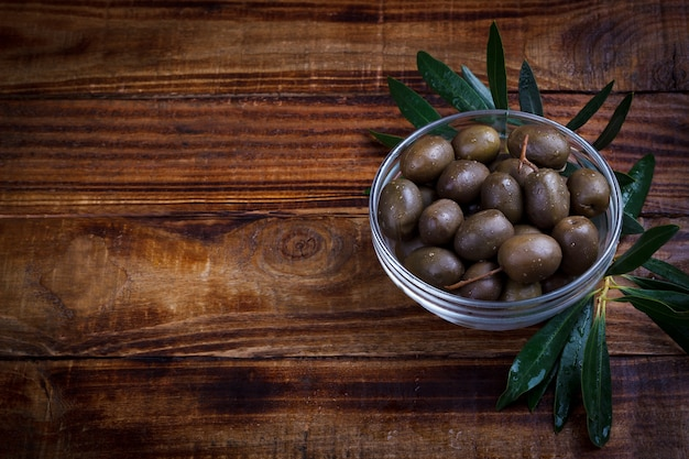 Olives marinées pourpres