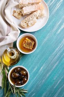 Olives vertes au miel