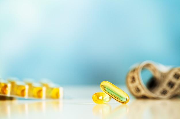 Omega 3 capsules de gelée molle jaune huile de poisson