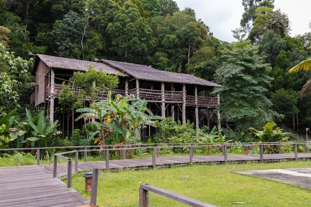 Orang ulu maison longue damai