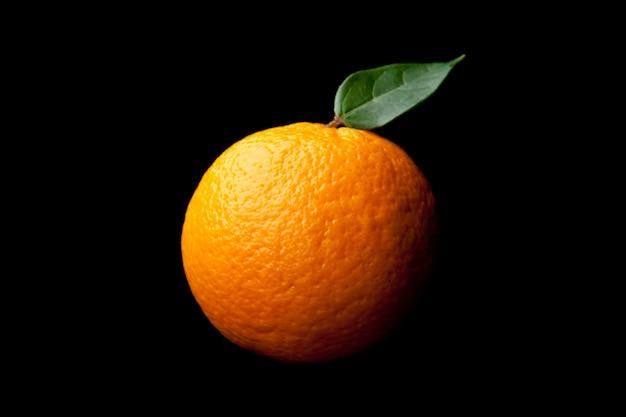 Orange avec feuille