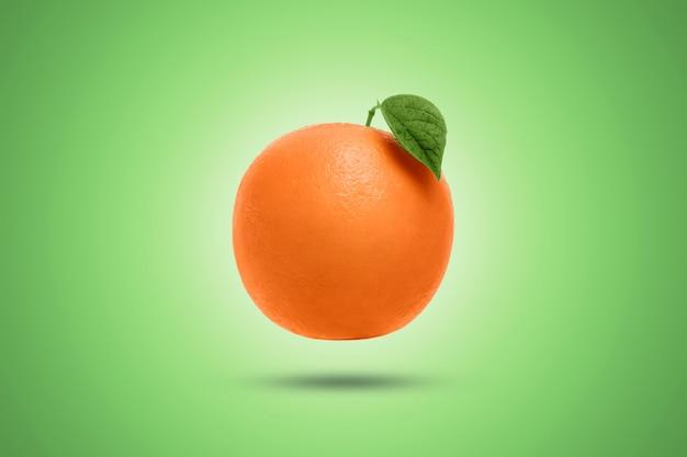 Orange sur un green. artistique.