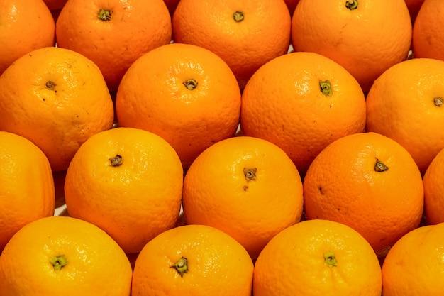 Oranges bien ordonnées