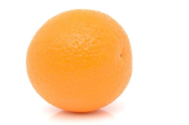Oranges sur blanc