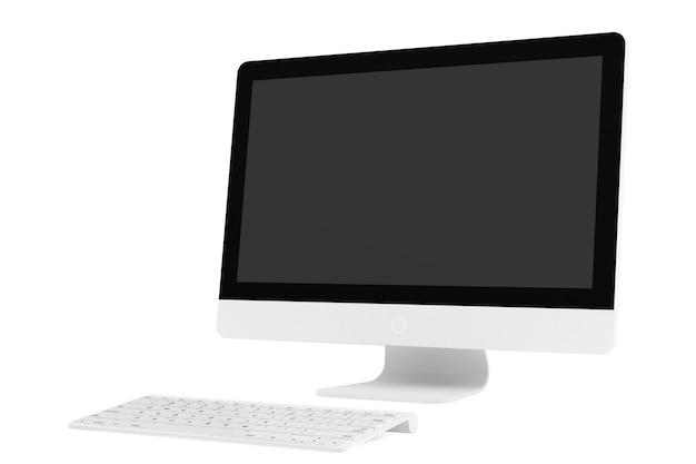 Ordinateur de bureau avec clavier sans fil sur fond blanc