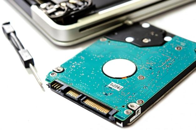 Ordinateur portable à disque dur.