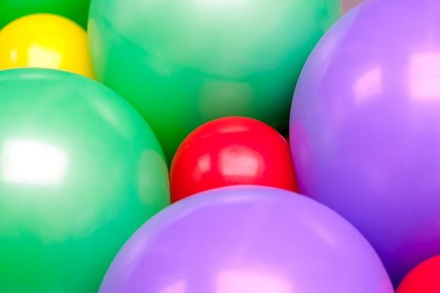 Ornement de ballons colorés pour designer. texture de fond.