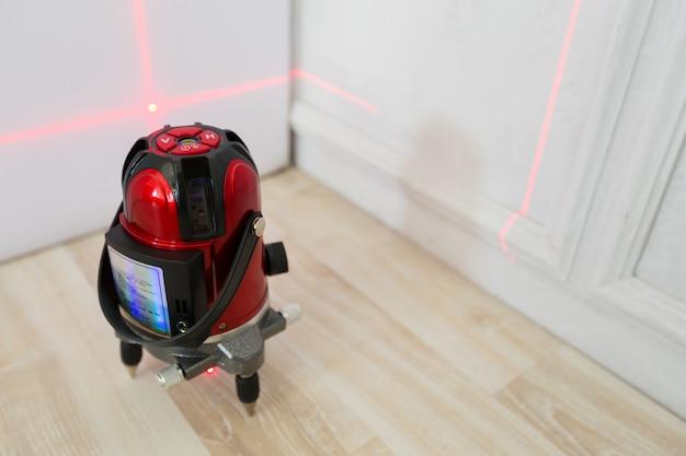 Outil de mesure de niveau laser