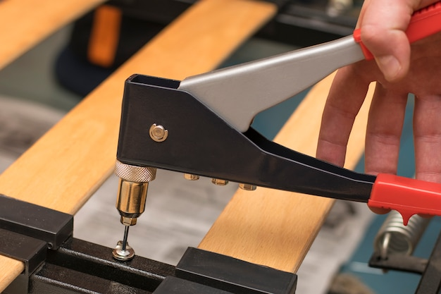 Outil de réparation de riveteuse se bouchent