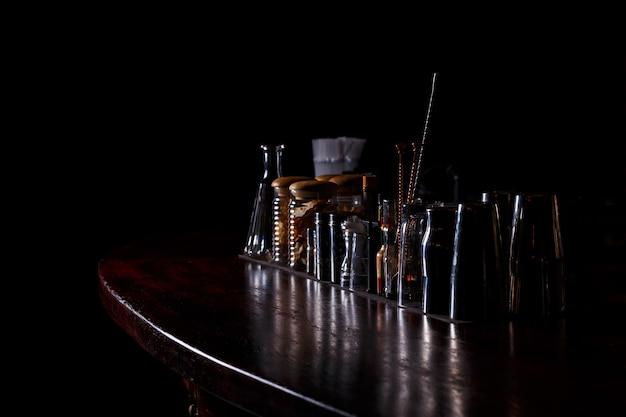 Outils de barman au bar
