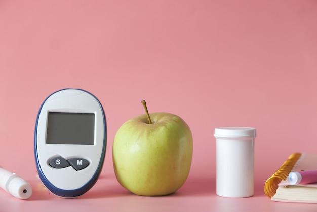 Outils de mesure du diabète, pomme