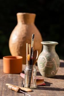Outils de peinture pour poterie