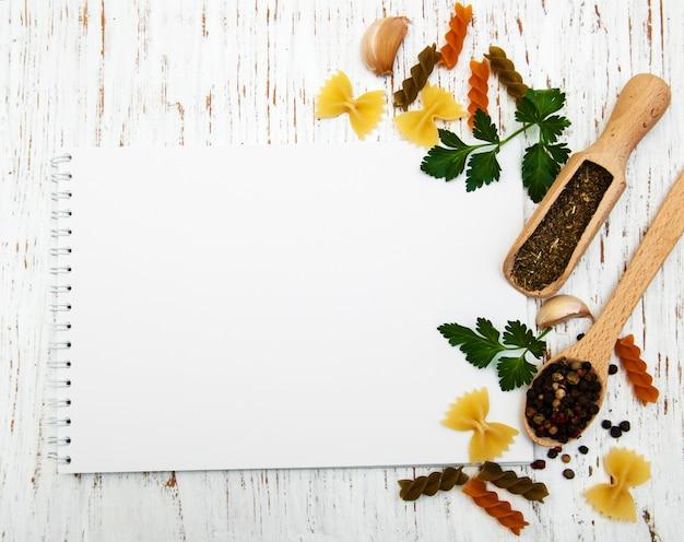 Ouvrir le livre de recettes avec une page blanche