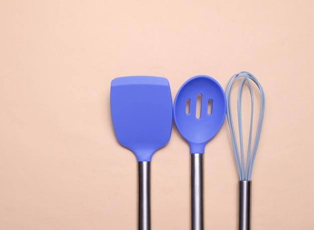 Pagaies en silicone avec poignées métalliques outils pour cuisiner