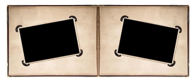 Page d'album photo avec des cadres de style rétro et des coins isolés sur fond blanc