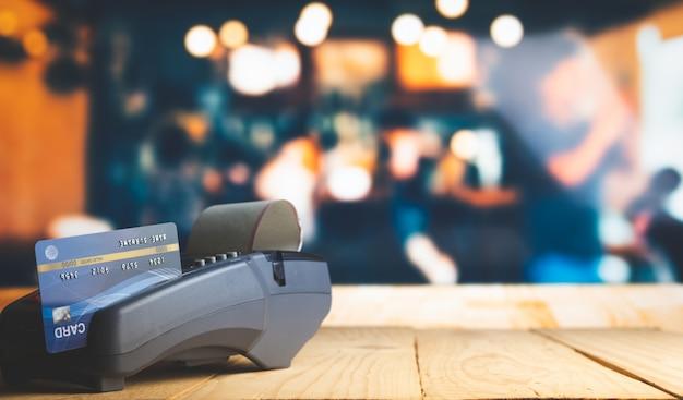 Paiement par carte de crédit, achat et vente de produits et services