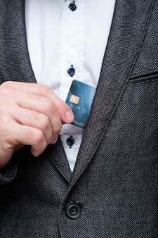 Paiements en ligne sécurisés par carte de crédit. gestion des finances personnelles et des comptes bancaires.