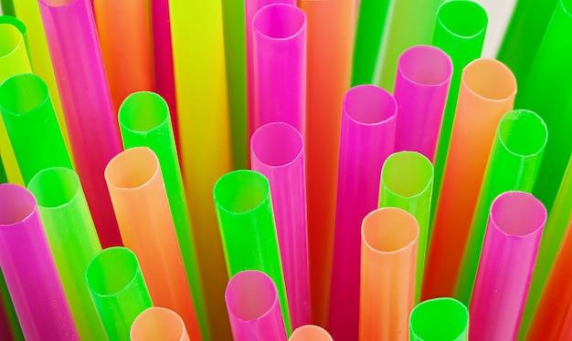 Pailles en plastique