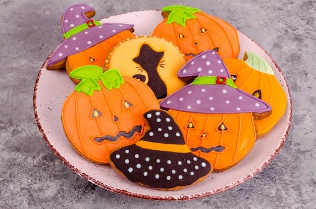 Pain d'épice maison avec des photos pour halloween