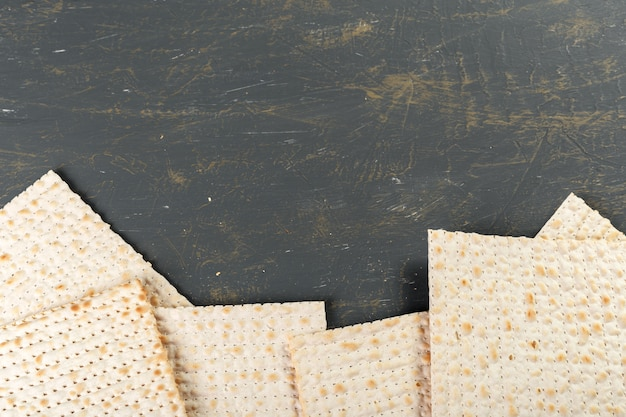 Pain matzo traditionnel de pâque juive