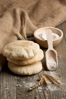 Pain pita à la farine