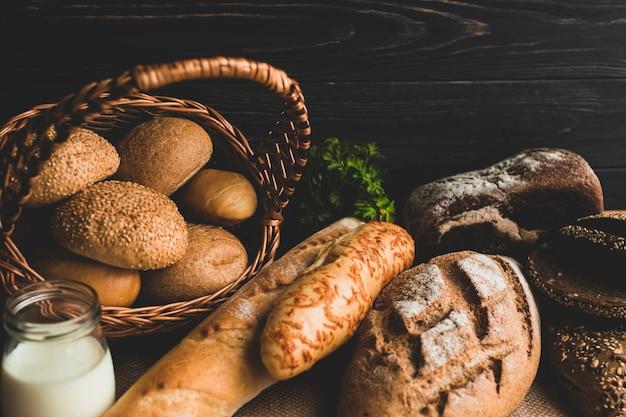 Pains à pain en bonne santé dans la composition