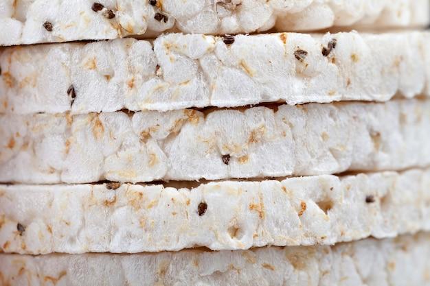 Pains de riz ronds à base de grains de riz