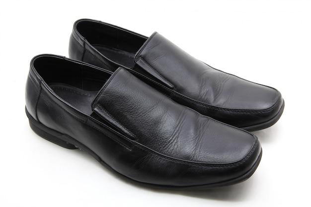 Paire de chaussures en cuir