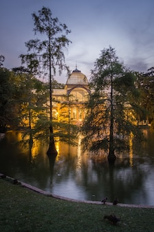 Palais de cristal dans le parc du buen retiro, madrid