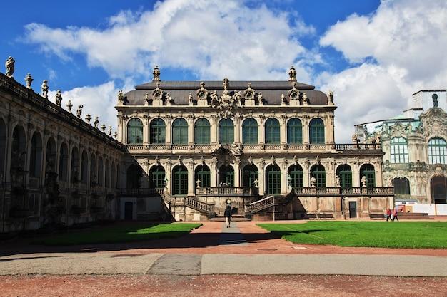 Palais zwinger à dresde, saxe, allemagne