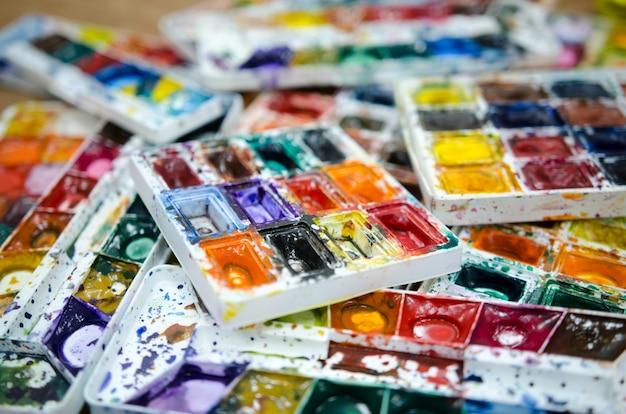 Palette sale aquarelle.